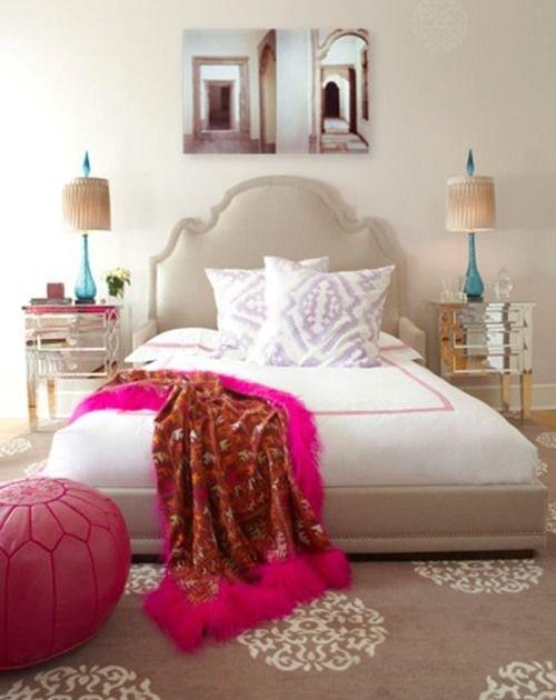 Фотография: Спальня в стиле Восточный, Эклектика, Интерьер комнат, Подушки, Ковер – фото на INMYROOM