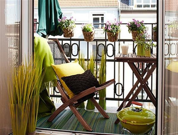 Фотография: Балкон в стиле Прованс и Кантри, Ландшафт, Декор, Терраса, Советы, Мария Шумская, Есения Семипядная, элегантный городской балкон, винтажные вещи на балконе, восточный декор для балкона, балкон в средиземноморском стиле, ландшафтный дизайн для балкона, горизонтальное озеленение, хвойные растения на балконе – фото на INMYROOM