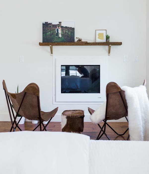 Фотография: Гостиная в стиле Скандинавский, Спальня, Белый, Минимализм, Переделка, Ремонт на практике – фото на INMYROOM