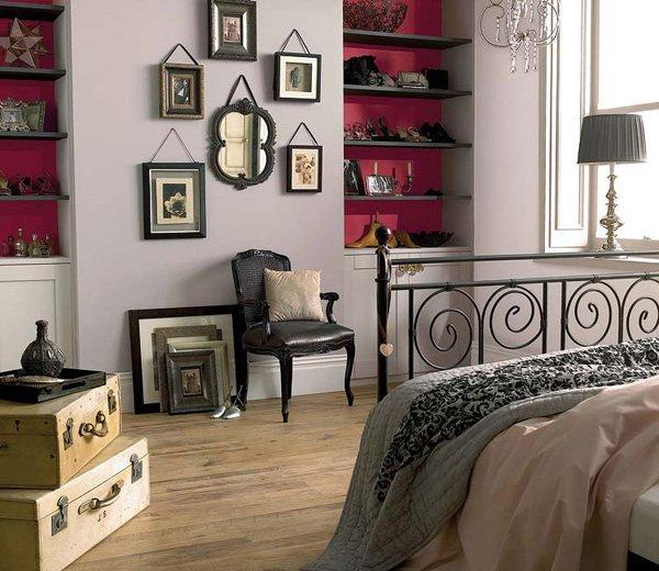 Фотография: Спальня в стиле , Декор интерьера, Дизайн интерьера, Цвет в интерьере, Красный, Dulux, Розовый – фото на INMYROOM