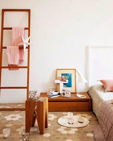 Фотография: Спальня в стиле Скандинавский, Декор интерьера, Квартира, Дома и квартиры, Барселона, Модерн – фото на INMYROOM