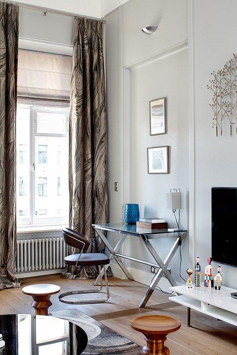 Фотография: Гостиная в стиле Эклектика, Квартира, Дома и квартиры, Перепланировка – фото на INMYROOM