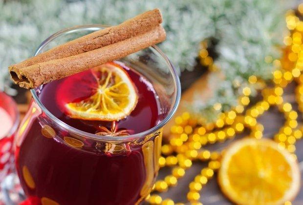 Фотография:  в стиле , Новый Год, Обзоры, Напитки, Кулинарные рецепты, Варить, вино, Пришли гости, Алкоголь – фото на INMYROOM