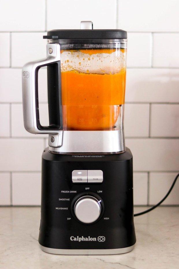 Фотография:  в стиле , Обед, Первое блюдо, Здоровое питание, Суп, Кулинарные рецепты, Варить, 30 минут, Европейская кухня, Вкусные рецепты, Просто, Морковь, Сливки, Бекон – фото на INMYROOM
