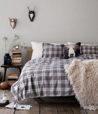 Фотография: Спальня в стиле Скандинавский, Эклектика, Декор интерьера, Квартира, Аксессуары, Советы – фото на INMYROOM