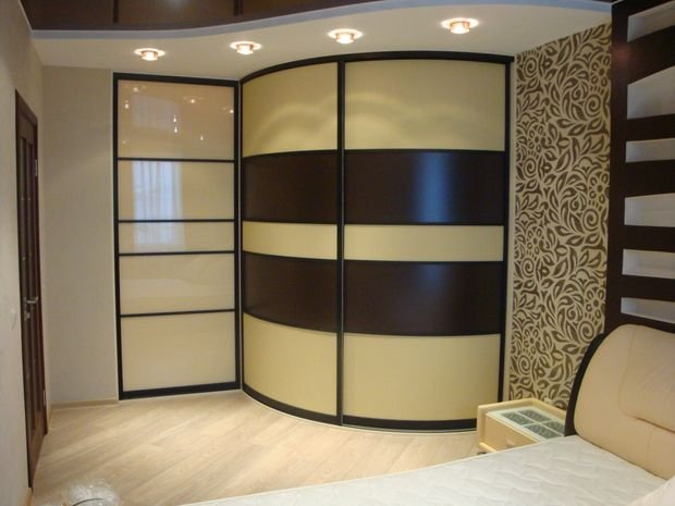 Фотография: Прихожая в стиле Классический, Спальня, Декор интерьера, Квартира, Дом, Мебель и свет, Советы – фото на INMYROOM