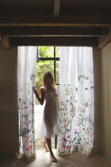 Фотография: Гостиная в стиле Эклектика, Цвет в интерьере, Индустрия, События, Галерея Арбен, Maison & Objet – фото на INMYROOM