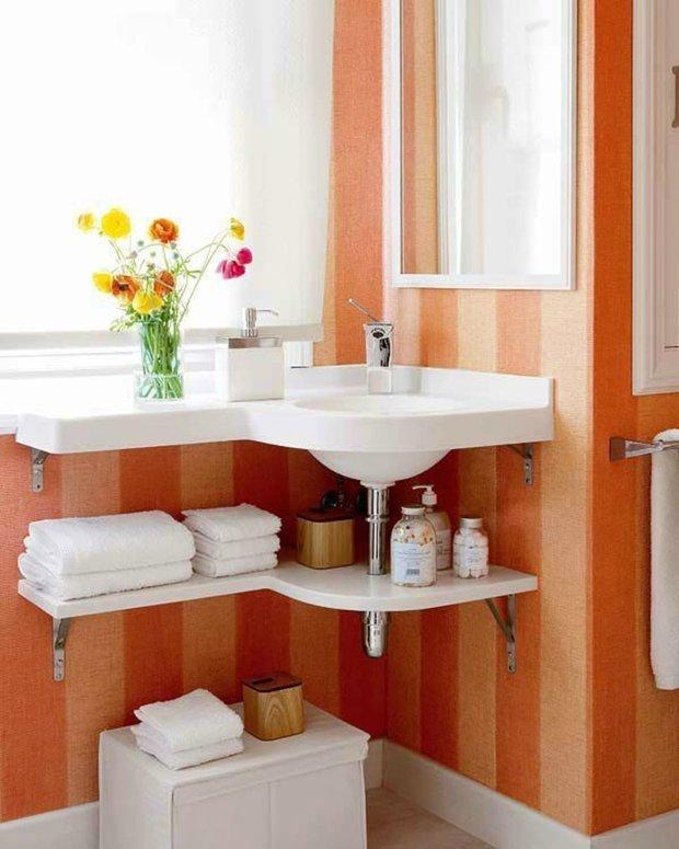 Фотография: Ванная в стиле Современный, Декор интерьера, DIY, Малогабаритная квартира, Квартира, Декор, Советы, хранение в прихожей, лайфхак, хранение в маленькой ванной, идеи хранения для санузла, маленький санузел – фото на INMYROOM