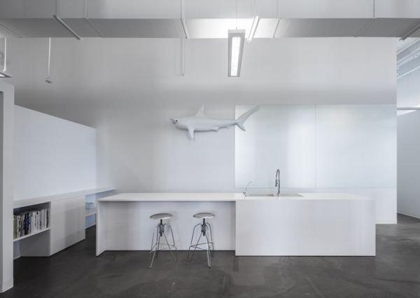 Фотография: Кухня и столовая в стиле Современный, Хай-тек, Офисное пространство, Офис, Дома и квартиры – фото на INMYROOM