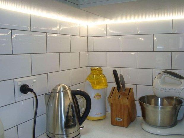 Фотография: Кухня и столовая в стиле Лофт, Современный, Эклектика, Декор интерьера, Декор, Мебель и свет, освещение – фото на INMYROOM