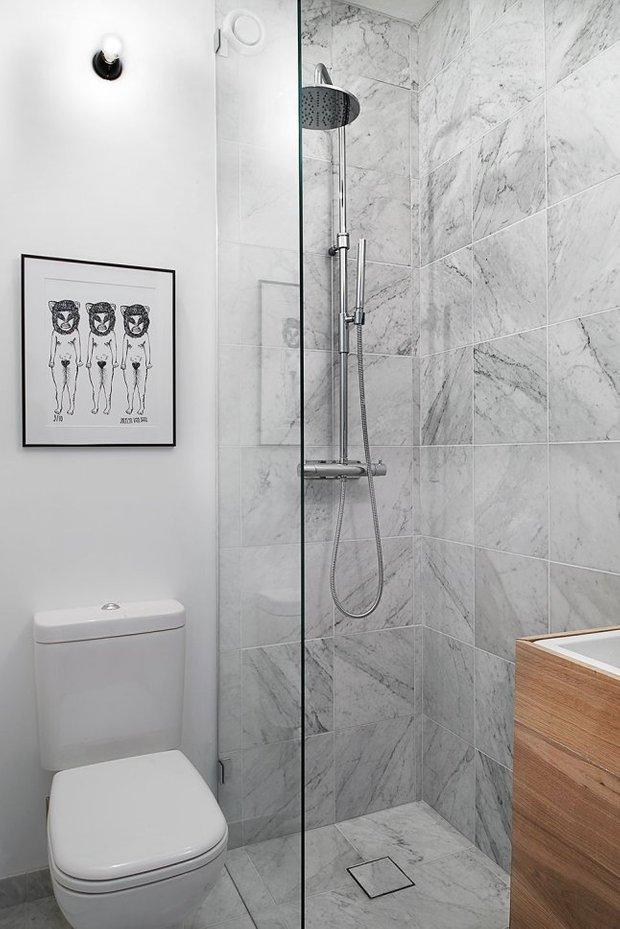 Фотография: Ванная в стиле Современный, Скандинавский, Малогабаритная квартира, Студия, Белый – фото на INMYROOM