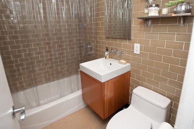 Фотография: Ванная в стиле Современный, Квартира, Дома и квартиры, IKEA, Стена – фото на INMYROOM