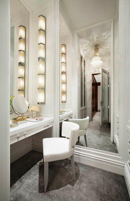 Фотография: Мебель и свет в стиле Эклектика, Гардеробная, Хранение, Интерьер комнат – фото на INMYROOM