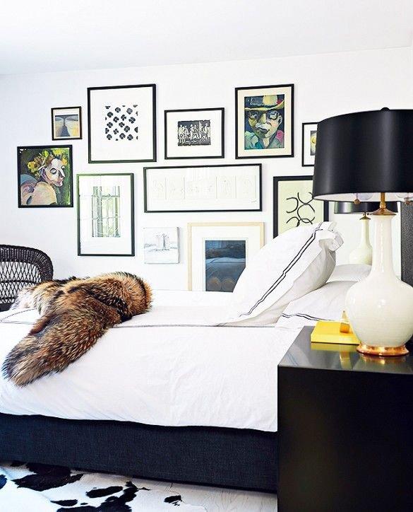 Фотография: Спальня в стиле Современный, Эклектика, Декор интерьера, Дизайн интерьера, Цвет в интерьере, Белый, Синий, Серый – фото на INMYROOM