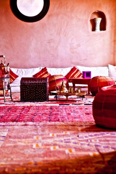 Фотография: Гостиная в стиле Восточный, Декор интерьера, Дом, Декор дома, Цвет в интерьере – фото на INMYROOM