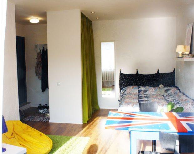 Фотография: Спальня в стиле Современный, Эклектика, Декор интерьера, Декор дома, Цвет в интерьере, Геометрия в интерьере – фото на INMYROOM