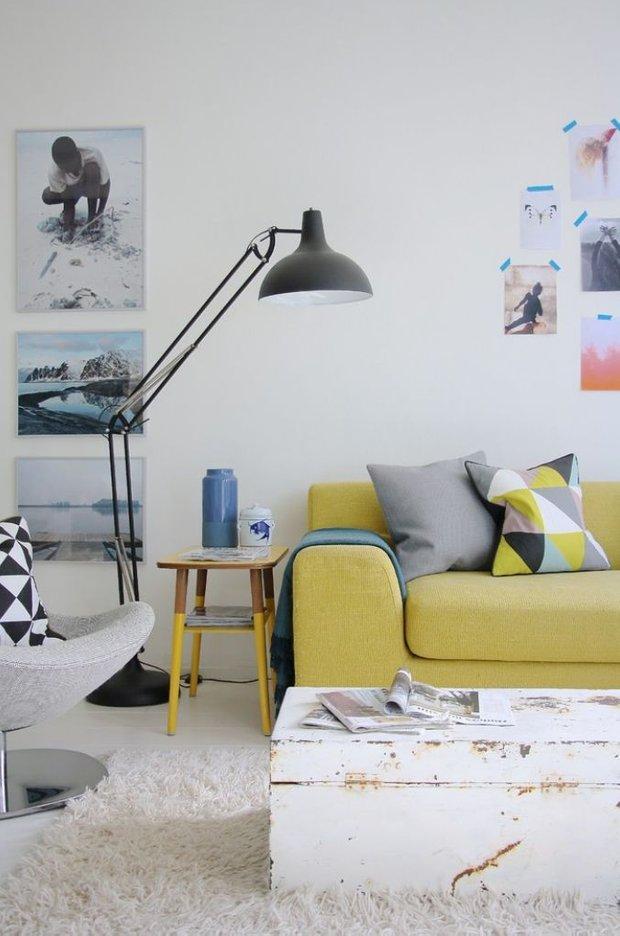Фотография: Гостиная в стиле Скандинавский, Декор интерьера, Квартира, Декор, Советы – фото на INMYROOM