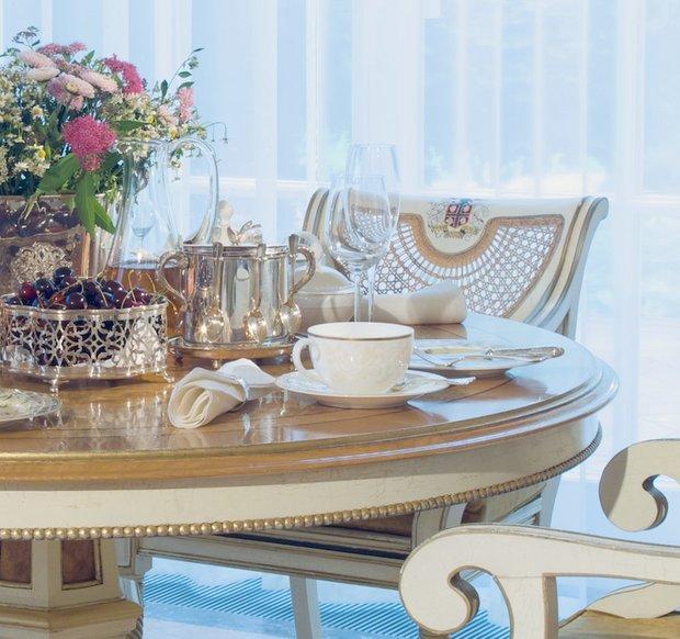 Фотография: Кухня и столовая в стиле Классический, Современный, Декор интерьера, DIY, Мебель и свет, Марат Ка – фото на InMyRoom.ru