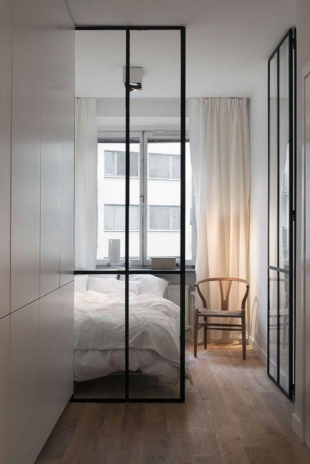 Фотография: Спальня в стиле Скандинавский, Современный, Малогабаритная квартира, Студия, Белый – фото на INMYROOM