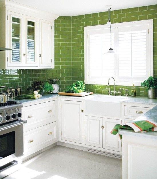 Фотография: Кухня и столовая в стиле Прованс и Кантри, Классический, Лофт, Эклектика, Декор, Минимализм, Ремонт на практике – фото на INMYROOM