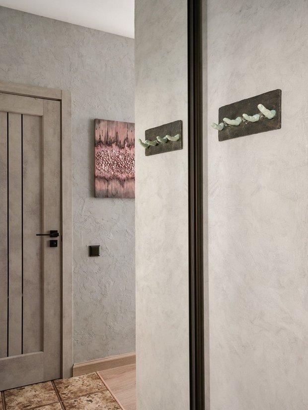 Фотография: Прихожая в стиле Лофт, Советы, дизайн маленькой прихожей, как оформить маленькую прихожую, до 40 метров, маленькая прихожая – фото на INMYROOM