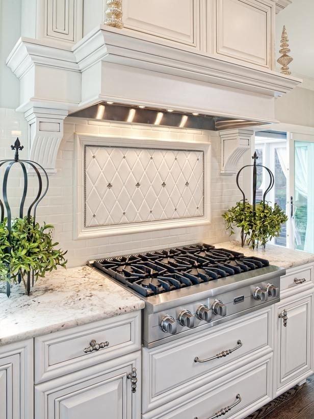 Фотография: Кухня и столовая в стиле Классический, Декор интерьера, Декор, Советы – фото на INMYROOM