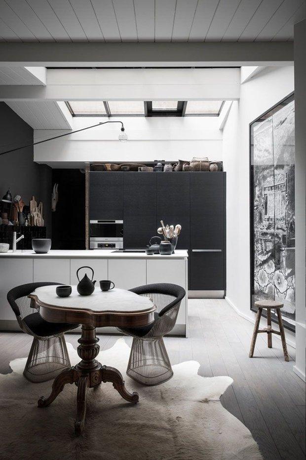 Фотография: Кухня и столовая в стиле Лофт, Декор интерьера, Дизайн интерьера, Цвет в интерьере – фото на INMYROOM