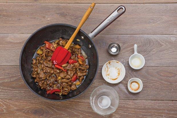 Фотография:  в стиле , Обед, Ужин, Основное блюдо, Жарить, Мясо, Китайская кухня, Кулинарные рецепты, 15 минут – фото на INMYROOM