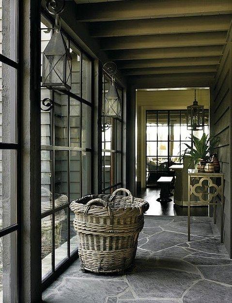 Фотография: Прихожая в стиле Прованс и Кантри, Эклектика, Дом, Дома и квартиры, Колониальный – фото на INMYROOM