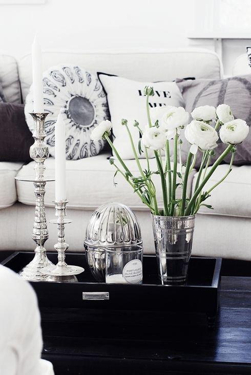 Фотография: Гостиная в стиле Эклектика, Декор интерьера, МЭД, Декор дома – фото на INMYROOM