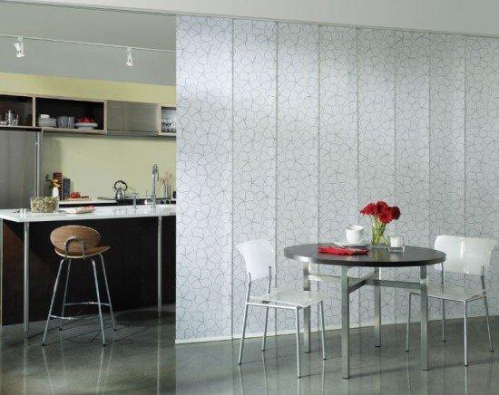 Фотография: Кухня и столовая в стиле Современный, Декор интерьера, Декор дома, Ширма, Перегородки – фото на INMYROOM