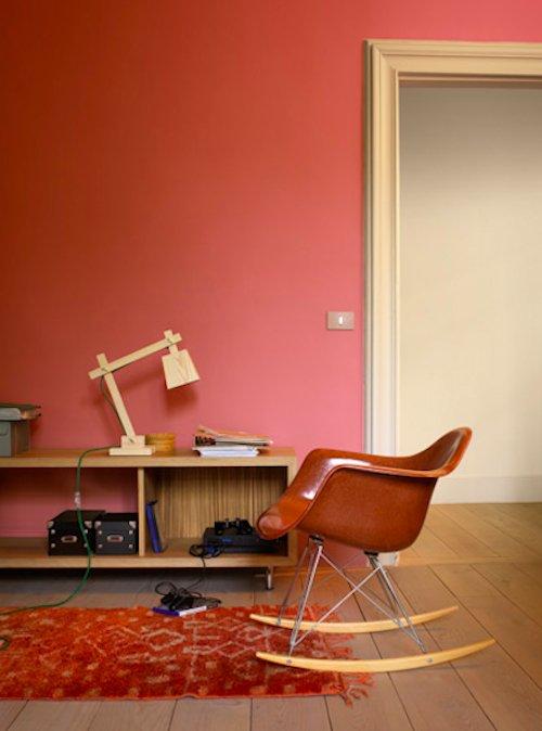 Фотография: Мебель и свет в стиле Скандинавский, Декор интерьера, Дизайн интерьера, Цвет в интерьере, Красный, Dulux, Розовый – фото на INMYROOM