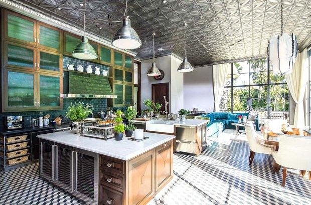 Фотография: Кухня и столовая в стиле Современный, Дом, Дома и квартиры, Бассейн – фото на INMYROOM