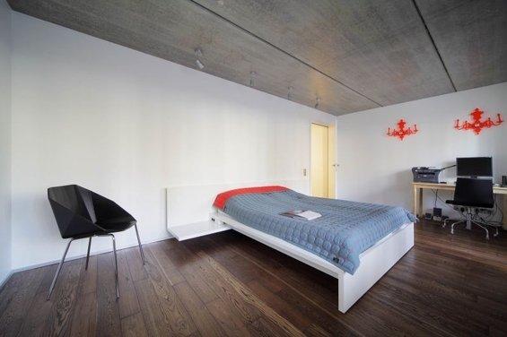 Фотография: Спальня в стиле Лофт, Квартира, Дома и квартиры, Минимализм, Градиз – фото на INMYROOM