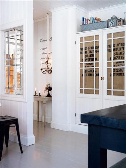 Фотография: Прихожая в стиле Скандинавский, Кухня и столовая, Декор интерьера, Квартира, Дом, Интерьер комнат, Цвет в интерьере, Белый – фото на INMYROOM