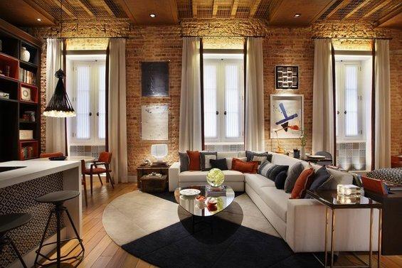 Фотография: Гостиная в стиле Лофт, Квартира, Дома и квартиры, Стеллаж, Барная стойка – фото на INMYROOM