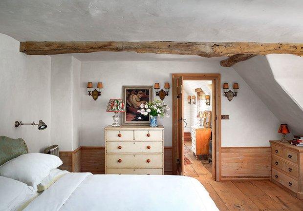 Фотография: Спальня в стиле Прованс и Кантри, Особняк, Дом и дача, Более 90 метров – фото на INMYROOM