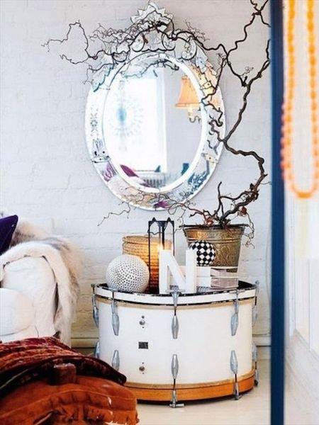 Фотография: Мебель и свет в стиле Прованс и Кантри, Скандинавский, Спальня, Декор интерьера, Стол – фото на InMyRoom.ru