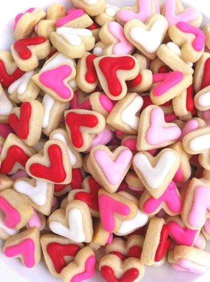 Фотография: Спальня в стиле Скандинавский, Декор интерьера, DIY, Праздник, День святого Валентина – фото на INMYROOM