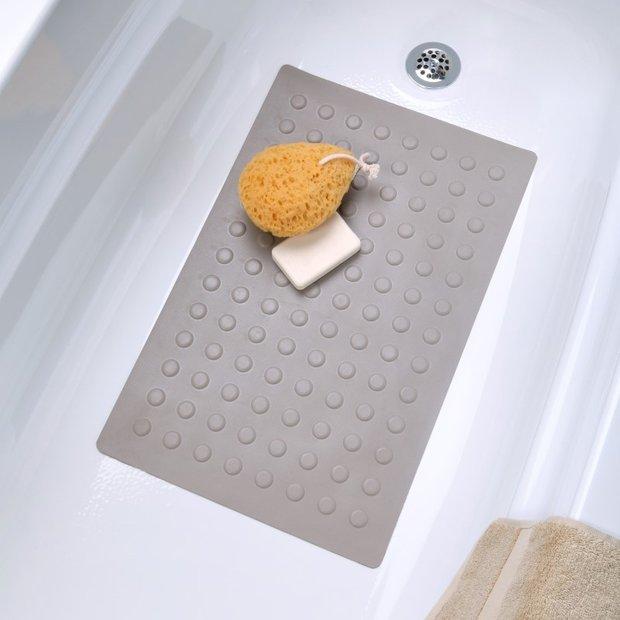 Фотография:  в стиле , Ванная, Советы, нормы освещения в ванной, как сделать ванную уютнее, если скользко в ванной – фото на INMYROOM