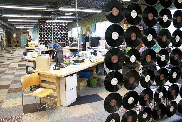 Фотография: Офис в стиле Лофт, DIY, Стиль жизни, Советы, Перегородки – фото на INMYROOM