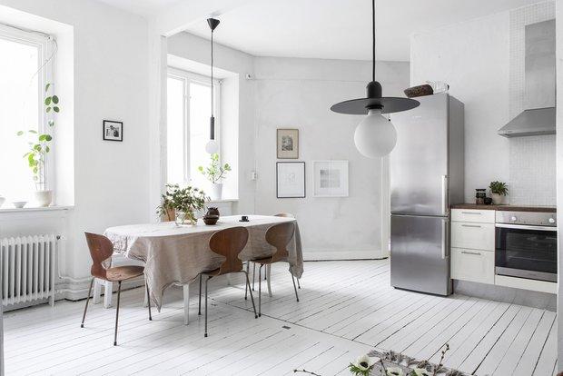 Фотография: Кухня и столовая в стиле Скандинавский, Декор интерьера, Квартира, Швеция, Белый, Гетеборг, 2 комнаты, 40-60 метров – фото на INMYROOM