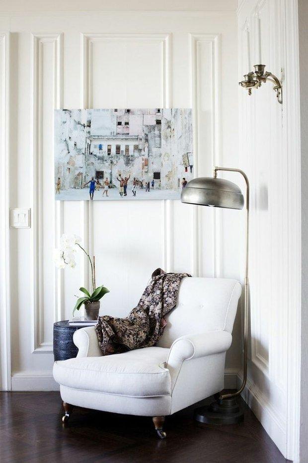Фотография: Мебель и свет в стиле Прованс и Кантри, Скандинавский, Декор интерьера, Советы, Белый, как оформить пустой угол, пустой угол в квартире – фото на INMYROOM
