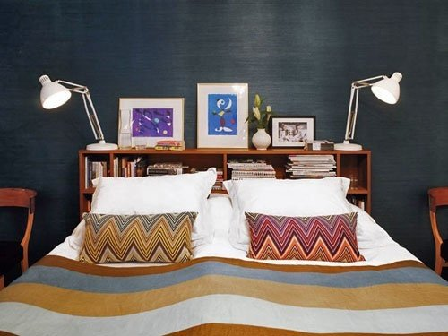 Фотография: Спальня в стиле Скандинавский, Интерьер комнат, Кровать, Гардероб, Комод, Пуф, Табурет – фото на INMYROOM