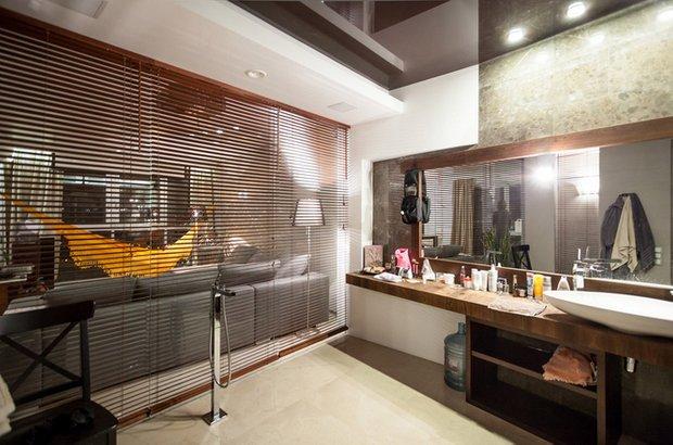 Фотография: Ванная в стиле Современный, Декор интерьера, Советы, стекло в интерьере, пластик в интерьере, интерьерный тренд, тенденция – фото на INMYROOM