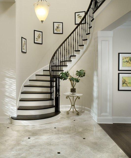 Фотография: Прочее в стиле Классический, Архитектура, Декор, Мебель и свет, Ремонт на практике, Никита Морозов, освещение для лестницы, какую выбрать лестницу, какие бывают лестницы, прямая лестница, винтовая лестница, лестница на больцах, подвесная лестница, ограждение для лестниц, как украсить лестницу – фото на INMYROOM