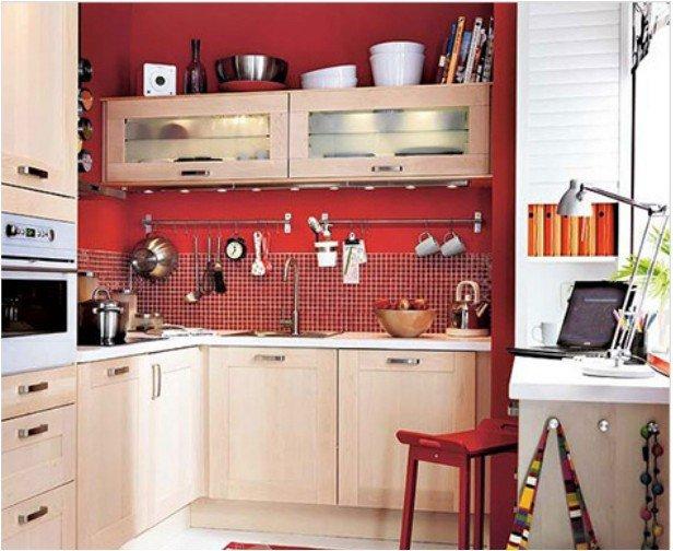 Фотография: Кухня и столовая в стиле , Малогабаритная квартира, Интерьер комнат, Советы – фото на INMYROOM