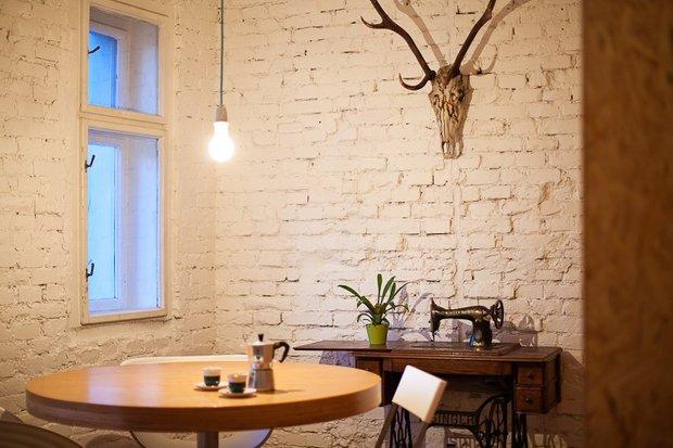 Фотография: Кухня и столовая в стиле Прованс и Кантри, Лофт, Современный, Декор интерьера, Офисное пространство, Офис, Дома и квартиры – фото на InMyRoom.ru