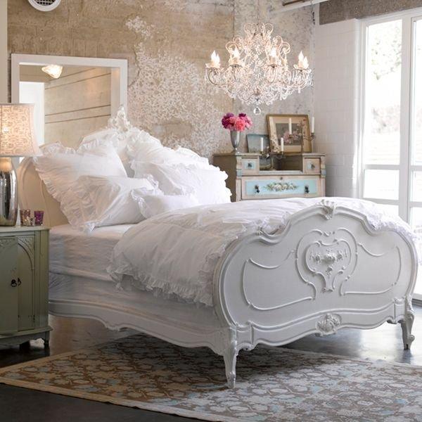 Фотография: Спальня в стиле Классический, Декор интерьера, Дом, Стиль жизни, Советы, Шебби-шик – фото на INMYROOM