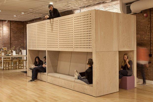 Фотография: Кабинет в стиле Современный, Лофт, Декор интерьера, Офисное пространство, Офис – фото на INMYROOM